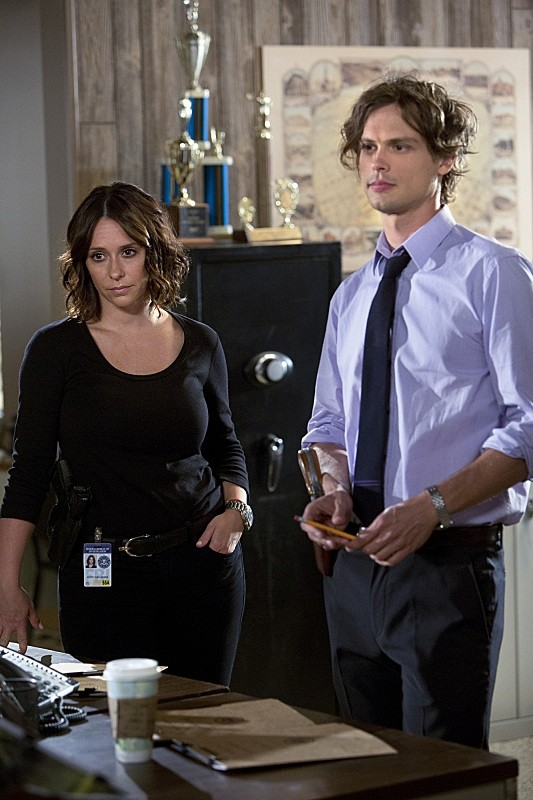 Jennifer Love Hewitt & Matthew Gray Gubler