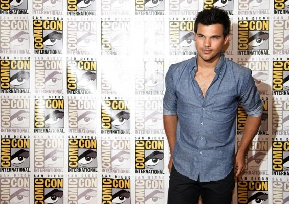 "Taylor Lautner arrives for a panel discussion for the upcoming film ""The Twilight Saga Breaking Dawn Part 2"" at Comic-Con in San Diego, California July 12, 2012."