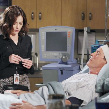 Theresa fears the truth about what she dd to John is about to be exposed on the September 23, 2014 episode of 'Days of Our Lives'
