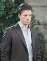 EJ is stunned when his mother, Susan, makes a surprise appearance in Salem on the September 26, 2014 episode of 'Days of Our Lives'