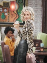 Kristen and Susan have a major face off on the September 30, 2014 episode of 'Days of Our Lives'