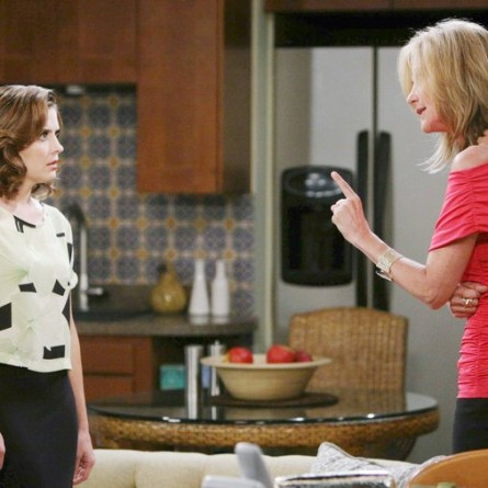 Eve warns Theresa that Kristen is gunning for her on the October 22, 2014 episode of 'Days of Our Lives'