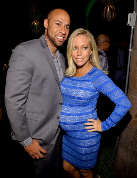 Kendra wilkinson hank baskett split reality star says she amp husband