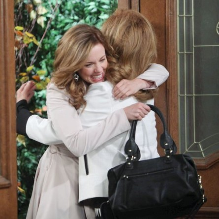 Melanie makes a surprise return to Salem on the Nov. 21, 2014 episode of 'Days of Our Lives'