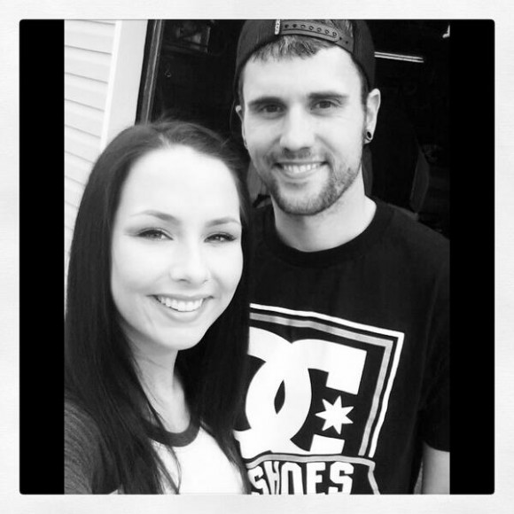 Shelby Woods and Ryan Edwards pose for a selfie   Photo   Shelby WoodsRyan Edwards Shelby Woods