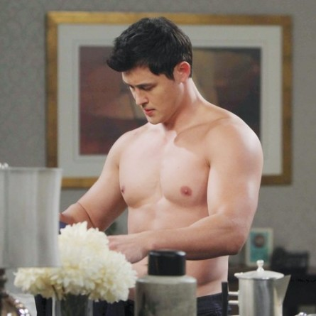 Will questions Paul about his love life on the Dec. 19, 2014 episode of 'Days of Our Lives'