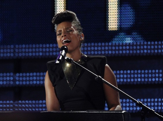 Alicia Keys is scheduled to perform at the MTV Video Music Awards 2012 on September 6 in Los Angeles. The singer will debut a new song at the awards ceremony.