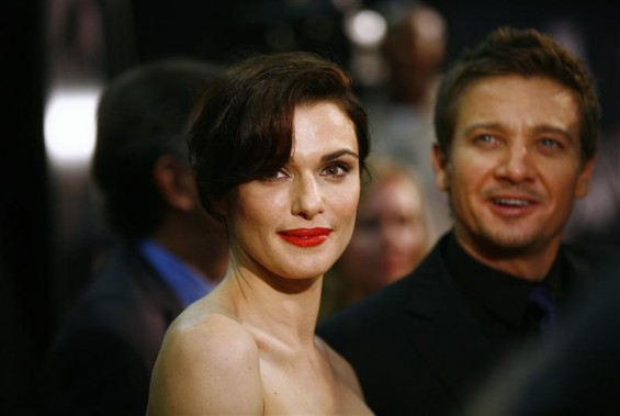 "Cast members Rachel Weisz (L) and Jeremy Renner attend the premiere of the film ""The Bourne Legacy"" in New York July 30, 2012."
