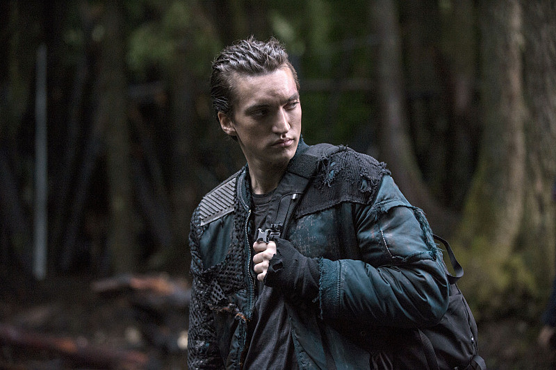 The 100 season 2 spoilers murphy becomes level headed a mysterious