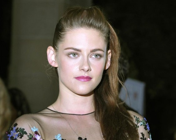 Actress Kristen Stewart poses at the gala presentation for the film &#034;On the Road&#034; at the 37th Toronto International Film Festival September 6, 2012. REUTERS/Mike Cassese
