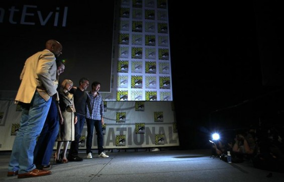 Cast members (L-R) Boris Kodjoe, Milla Jovovich, Mika Nakashima, Oded Fehr and director Paul W.S. Anderson pose after a panel for &#034;Resident Evil: Retribution&#034; during the Comic Con International conven