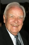 "John Ingle, who played the ruthless patriarch Edward Quartermaine for two decades on daytime soap opera ""General Hospital,"" has died at age 84."