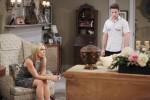 JJ gives Jennifer unnerving information about Eve on the April 17, 2015 episode of 'Days of Our Lives'