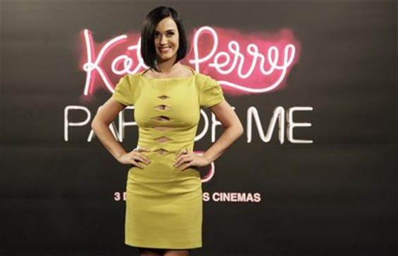 "Cast member and singer Katy Perry poses during a photocall before the premiere of ""Katy Perry: Part of Me"" in Rio de Janeiro July 30, 2012"