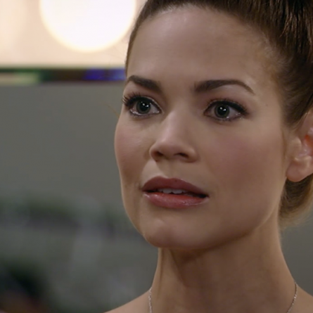 Elizabeth makes a shocking decision after learning the truth about Jason on the May 5, 2015 episode of 'General Hospital'