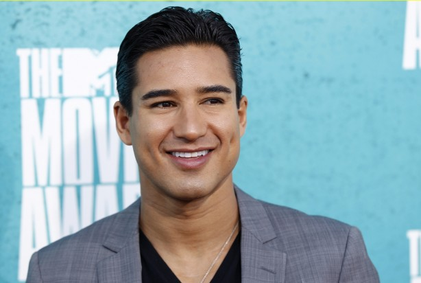 Khloe Kardashian, Mario Lopez To Host 'The X Factor'