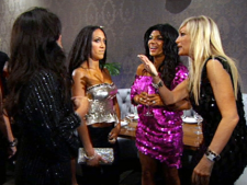 Melissa Gorga (left), Teresa Giudice (middle), Kim D (right)