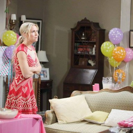 Eve vows revenge on Jennifer on the May 22, 2015 episode of 'Days of Our Lives'