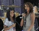 Bobbi Kristina Brown & Whitney Houston (L-R)
