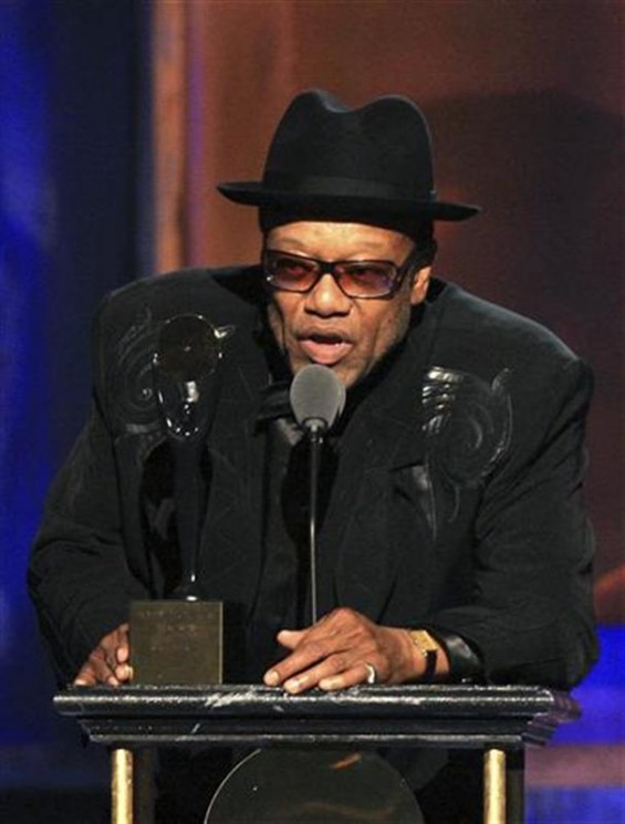Bobby Womack talks at the Rock and Roll Hall of Fame 2009 induction ceremonies in Cleveland, Ohio in this April 4, 2009 file photo.