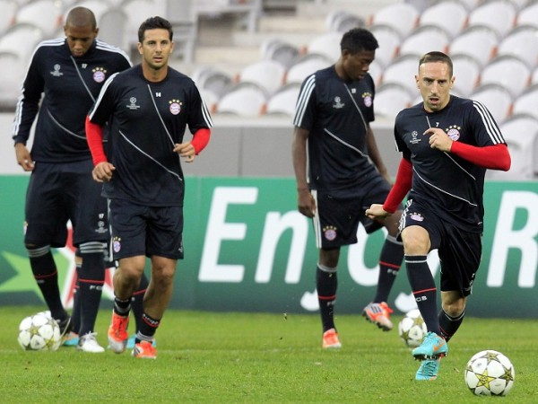 Bayern Munich's soccer players practice at Lille Grand Stade in France
