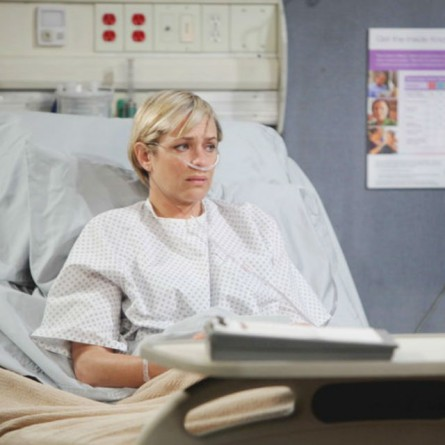 Nicole is shaken by an encounter with Xander on the July 6, 2015 episode of 'Days of Our Lives'