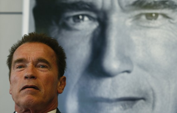Actor and former California governor Arnold Schwarzenegger presents his book &#039;Total Recall&#039; during a news conference during the book fair in Frankfurt, October 10, 2012.