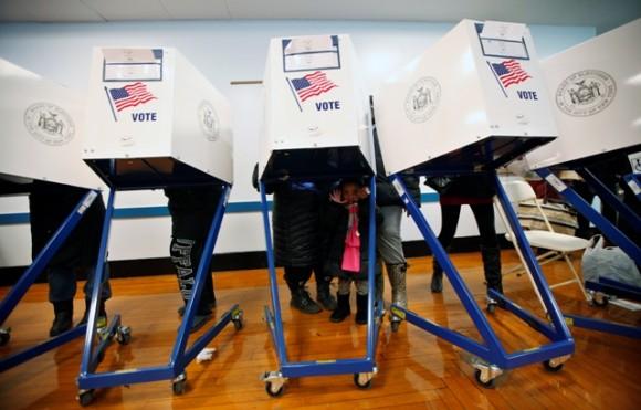 Polls Close Tim... Exit Polling California