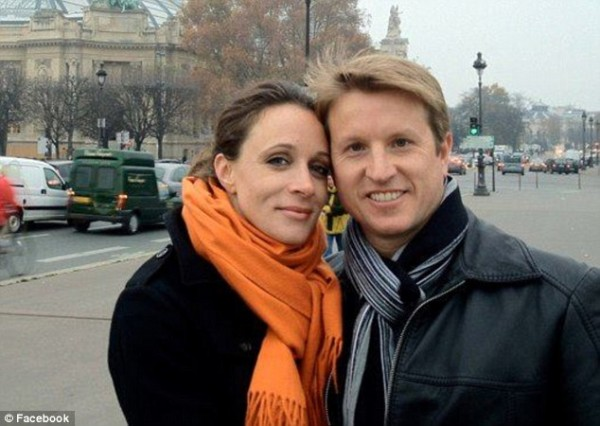 Writer Paula Broadwell and radiologist husband Scott Broadwell.