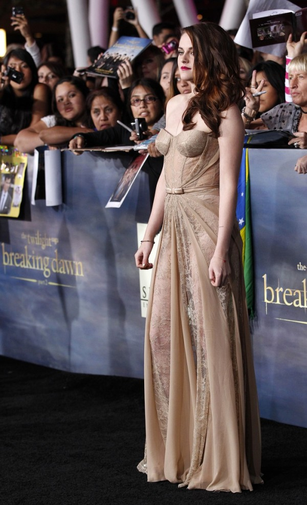 "Cast member Kristen Stewart poses at the premiere of ""The Twilight Saga: Breaking Dawn - Part 2"" in Los Angeles, California, November 12, 2012. The movie opens in the U.S. on November 16."