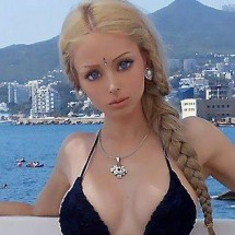 Human Barbie Valeria Lukyanova Proves It's Possible To Survive With No Food?