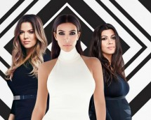 Khloe, Kim & Kourtney Kardashian (L-R)