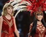 Taylor Swift & Nicki Minaj at the 2015 VMAs