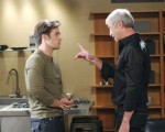 Clyde threatens JJ on the September 2, 2015 episode of 'Days of Our Lives'