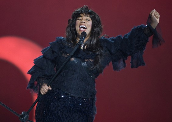 Pop diva Donna Summer performs during the Nobel Peace Prize concert in Oslo in this December 11, 2009 file photo.
