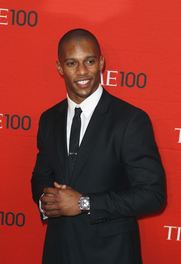 Football player Victor Cruz