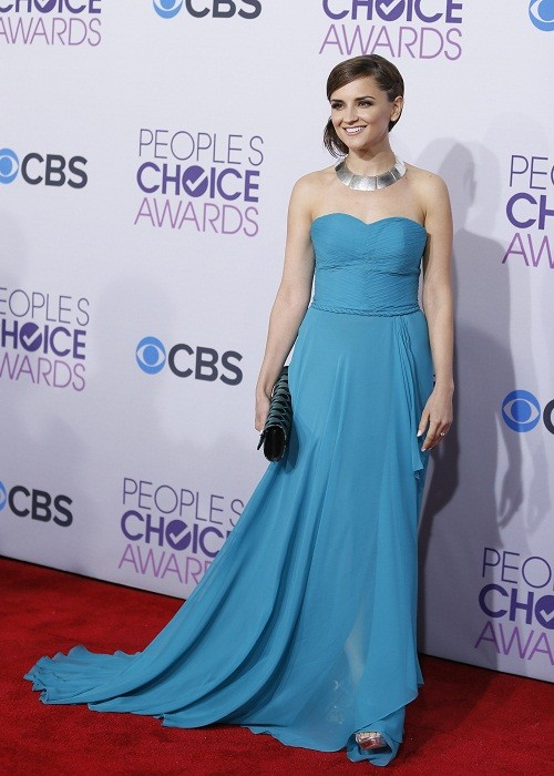 Actress Rachael Leigh Cook arrives at the 2013 People's Choice Awards in Los Angeles, January 9, 2013.
