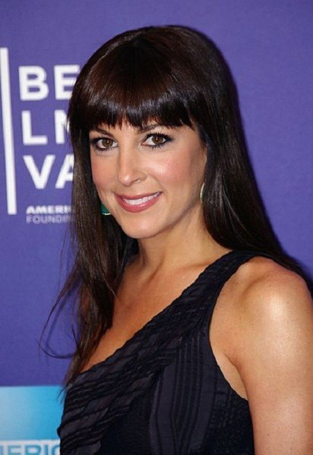 Lindsay Sloane