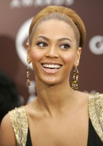 Beyonce at the Grammy Awards in 2005