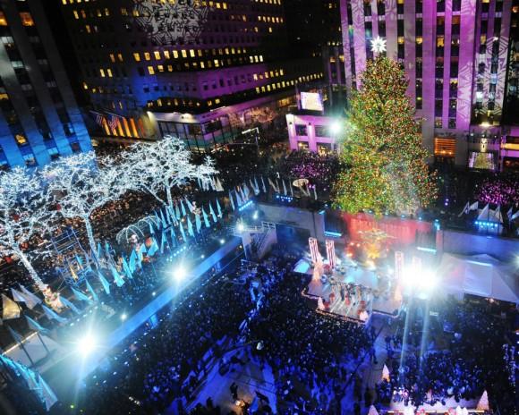 Rockefeller Christmas Tree Lighting 2015  How To Watch Live Online 31RuxN4b
