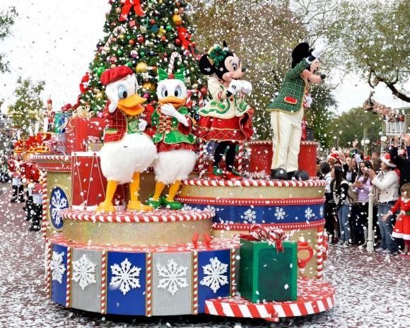 Disney Christmas Parade 2015 Watch Online: Live Stream For Annual Magic Kingdom Event : TV ...