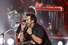 Luke Bryan performs during the Grammy Nominations Concert in Nashville, Tennessee December 5, 2012.