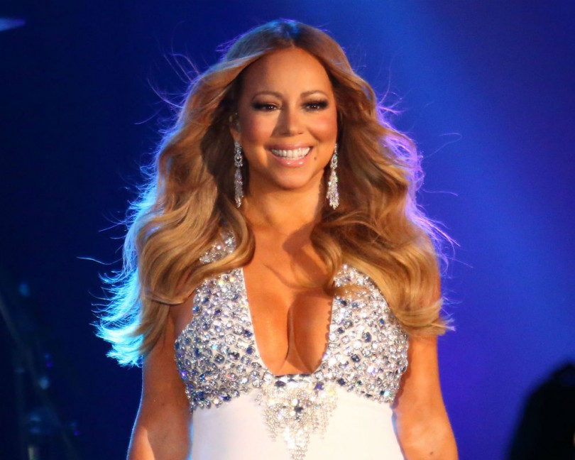 Mariah Carey 2016: Singer Completely Humiliated Herself With Onstage ...