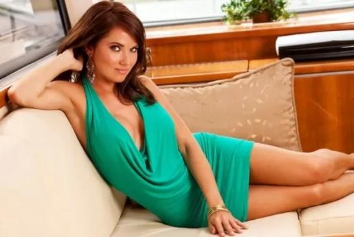 Stephanie Larimore Playboy Playmate The Bachelorette 2013