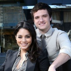 Vanessa Hudgens, Josh Hutcherson Romance: Ex-Couple's Sweetest Moments