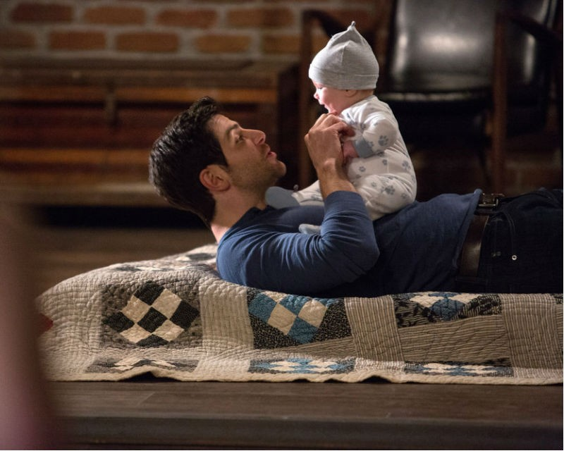 Will kelly grow up to be like his mom or his dad grimm star speaks