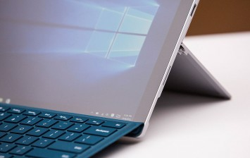 Surface Pro 5, Surface Book 2