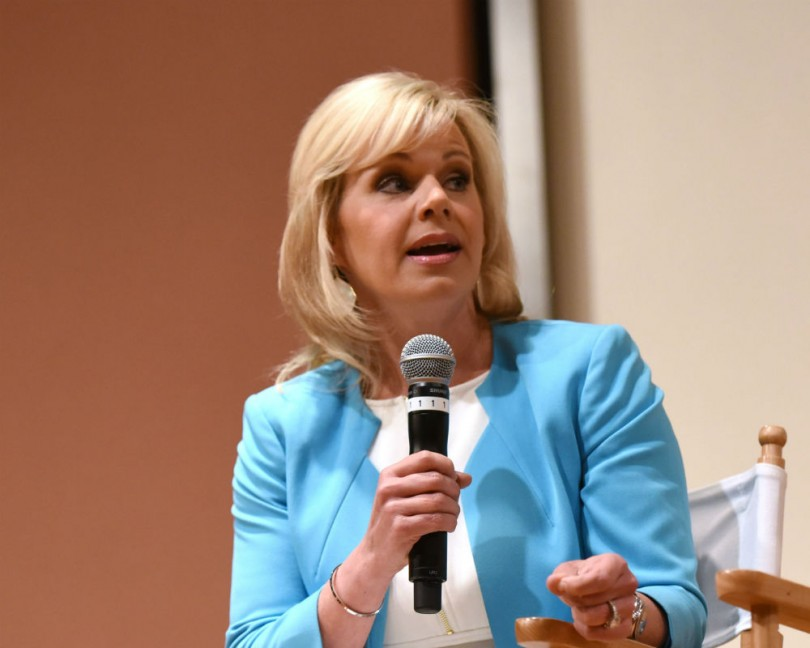 Two cringeworthy minutes of Fox News commentary on Gretchen Carlson's appearance