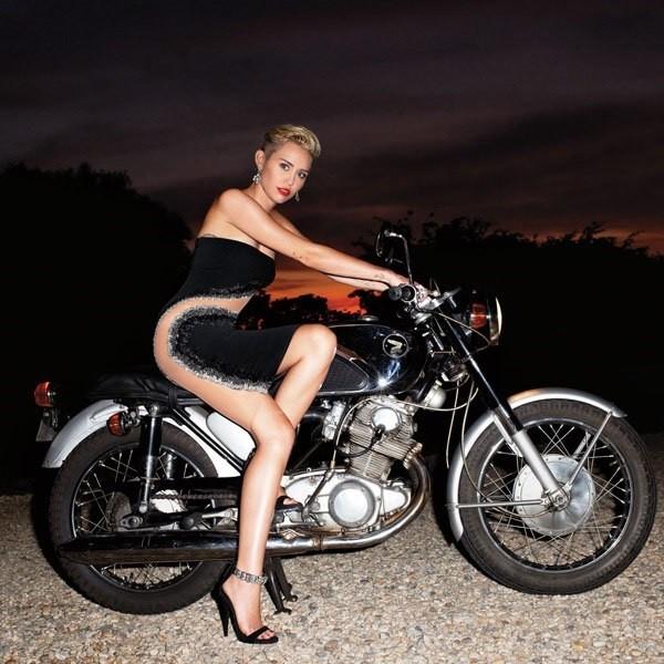 Miley' Cyrus
