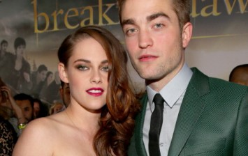 Actors Kristen Stewart (L) and Robert Pattinson arrive at the premiere of Summit Entertainment's 'The Twilight Saga: Breaking Dawn - Part 2' at Nokia Theatre L.A. Live on November 12, 2012 in LA, Ca.